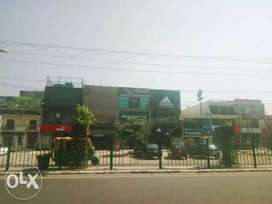 550sq ft duplex shop for garments in nit 1 near hanuman mandir