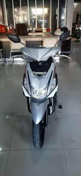 Dijual motor yamaha Mio Z 125 f1 silver tahun 2016,harga bisa nego.