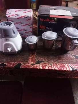 Mixer grinder and iron