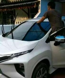 Tempat khusus kaca film mobil