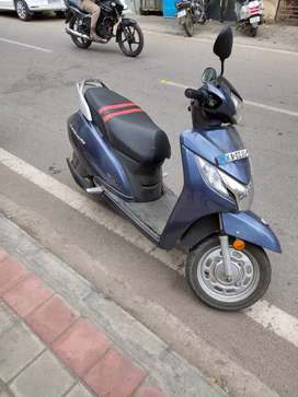 Honda Activa 125 cc and Helmet 1500 rs
