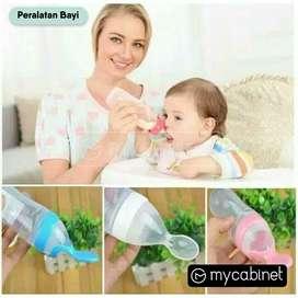 Sendok Makan Bayi Botol Dot silikon Praktis/Baby Spoon SANSTATION
