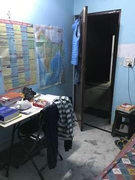Room in west Patel Nagar