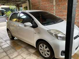 Toyota YARIS 2013 pajak panjang