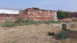 125 gaj plot at vatika road 250 meter from main vatika road