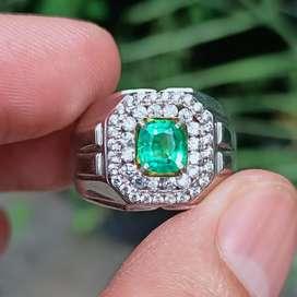 Batu Zamrud Emerald Beryl warna hijau Top Bersih