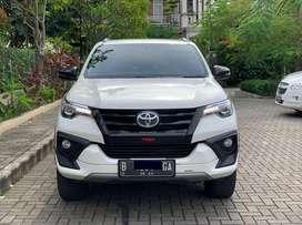 Toyota Fortuner VNT TRD A/T Diesel Super Istimewa