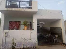 Urgent sell New house in dayal bagh 2300000