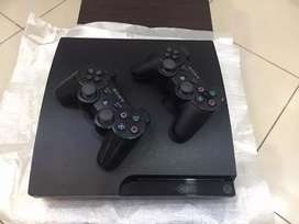 29 games instal Ps3 slim with 2 wirless controller complete asses