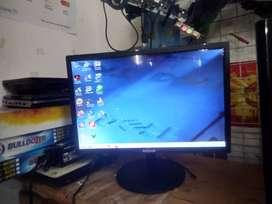 Monitor 19.5 inc Inforce Bekas seperti baru