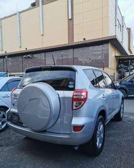 """Dijual Toyota Rav4 10"""" pajak hidup. Siap pakai."""