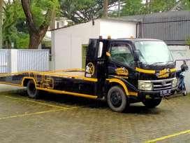 Truck towing 2012 xt hitam