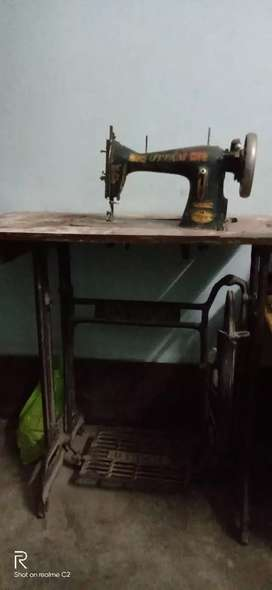 Sewing machine in sale at 1500 rs.. urgent sale