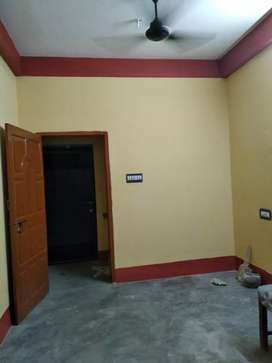 COUPLE FRIENDLY ROOM RENT AVAILABLE