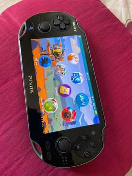 PS VITA Sony with 2 games
