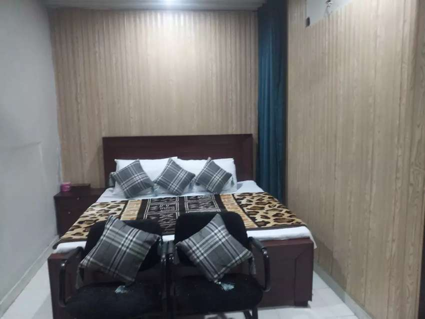 HOTEL short stay 2500 & luxury bed rooms Night 3500 & weekly 15000 0