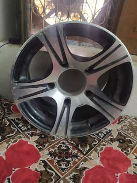 Bolero alloy wheel