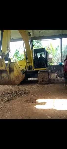 Excavator Komatsu PC 200/6 cammin