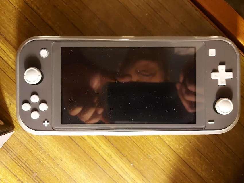 Nintendo switch lite bundle 0
