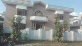 rent for house in F11
