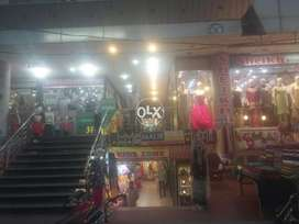 Shop on ground floor in hanif heights plaza satelitte town market Gujr