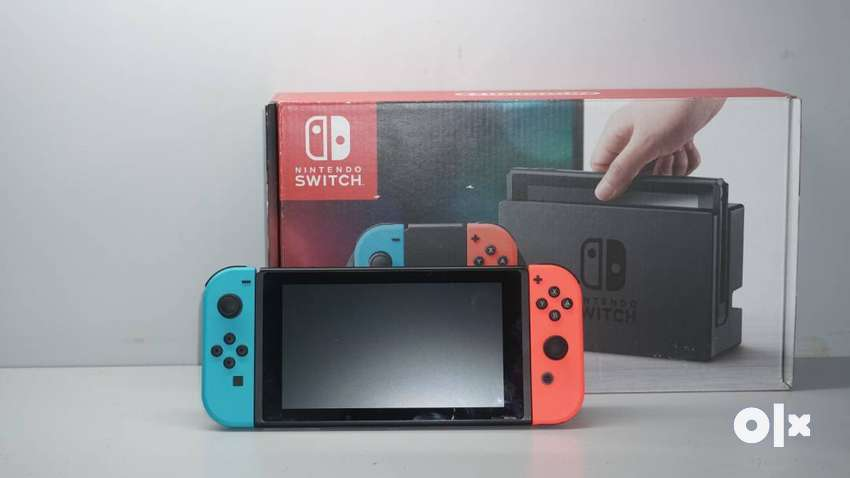 nintendo switch - used, new condition with box all accessories- DTzone 0