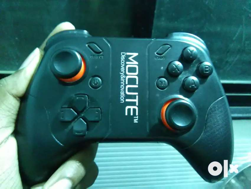 Mocute  2.4ghz wireless gamepad (pubg supported) imported  Hong Kong 0
