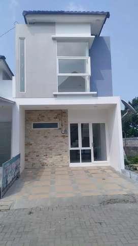 Rumah Mewah Siap Huni