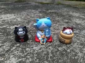 action figure mainan kucing naruto dan maneki neko