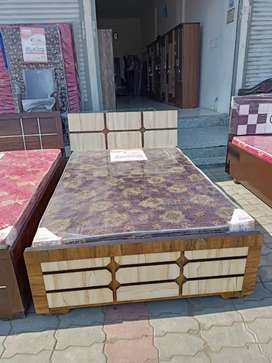 New Double bed Size:4*6 Rs:6000/- Real