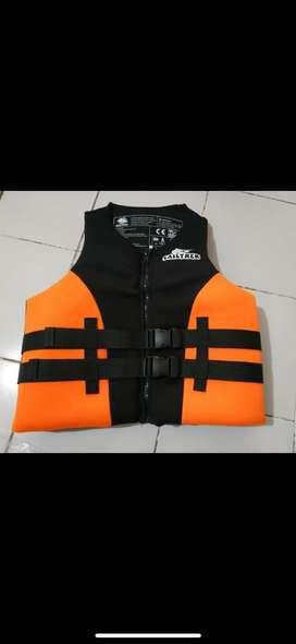 Life vest jetski