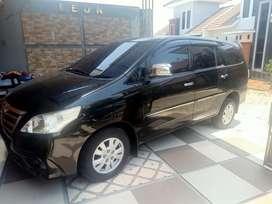 Toyota Innova 2013 black