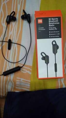 New mi bluetooth earphone
