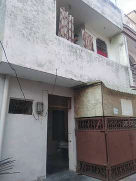 72 YARD DOUBLE STORY HOUSE 35 LAC (JAGRATI VIHAR SEC -6 GARH ROAD)