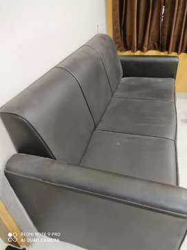 Kurlon sofa set