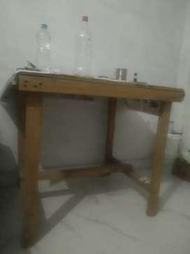 Studant table
