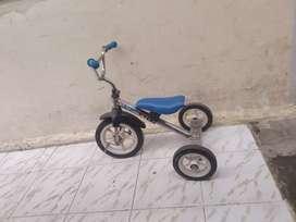 Sepeda anak roda 3 jual apa adanya murah