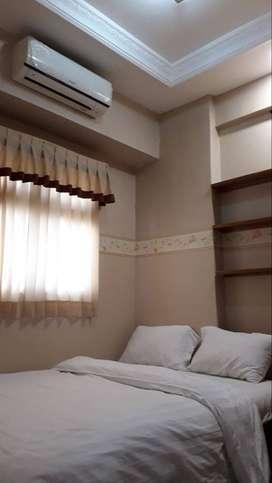 Family Room 2BR Nyaman, Murah Untuk Liburan Apartemen The Suites Metro