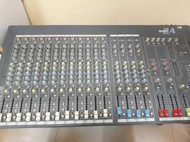 Sound craft console  spirit Folio 4