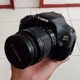 Kamera Canon 600D Kit Mulus