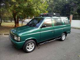 Isuzu Panther New Royal 2000 Istimewa