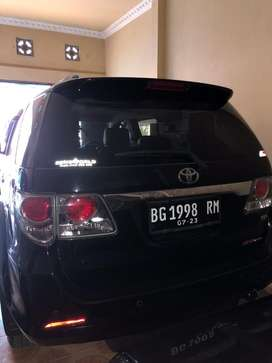 Toyota Fortuner tahun 2013 Manual Km antik