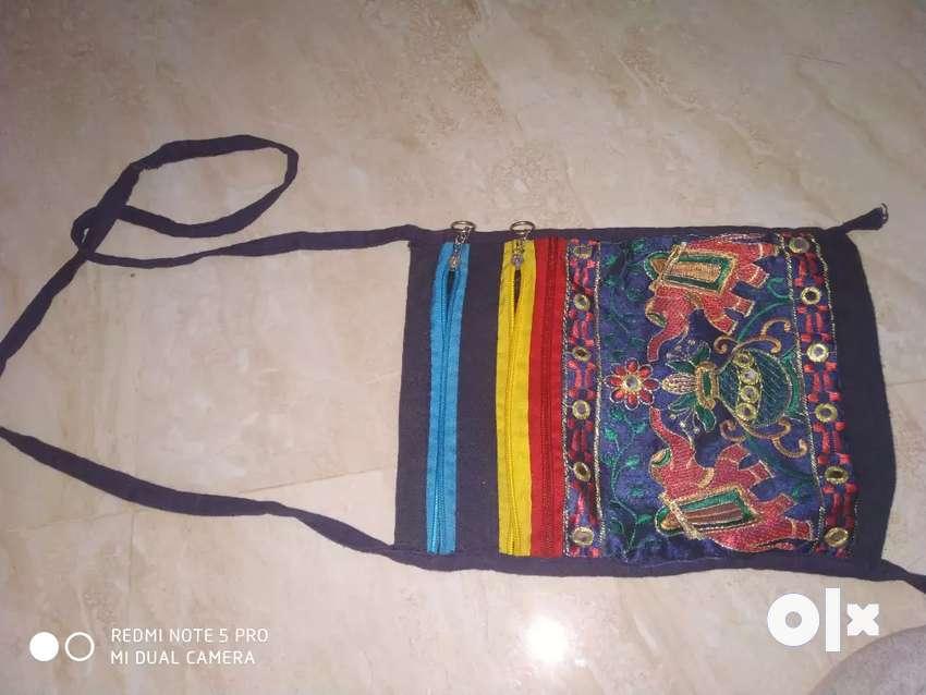 Traditional sling bag 0