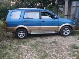 Dijual sebuah mobil legendaris isuzu phanter toring 2001.