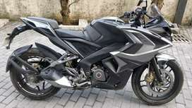 Pulsar RS 200 ABS (brand new condition)