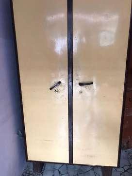 Almirah with double door