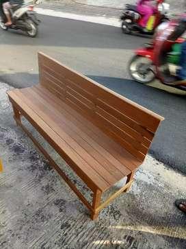 Bangku kayu ulin panjang 150cm