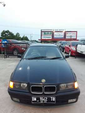 BMW 1996 323i matic