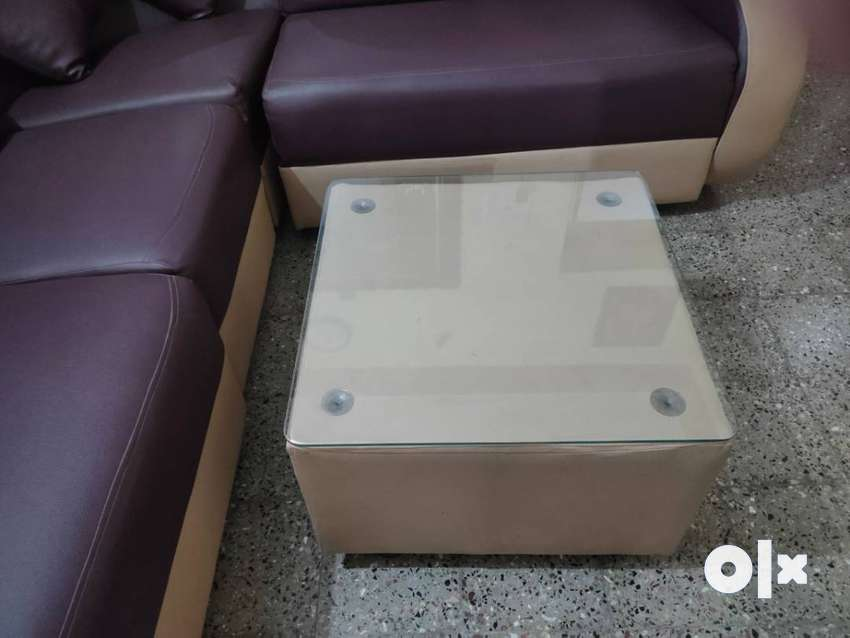 Brand new L Corner Shaped Sofa with center table 0