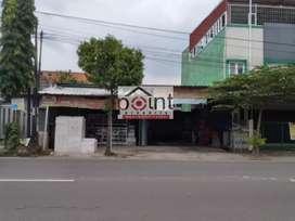 Ruang usaha & hunian strategis tepi jalan raya Kartasura